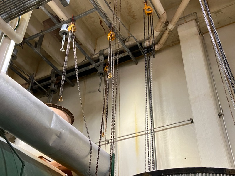 Pullies on facility ceiling for boiler economizer